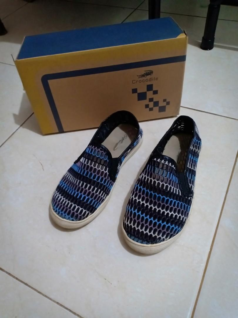 Sepatu anak Crocodiles
