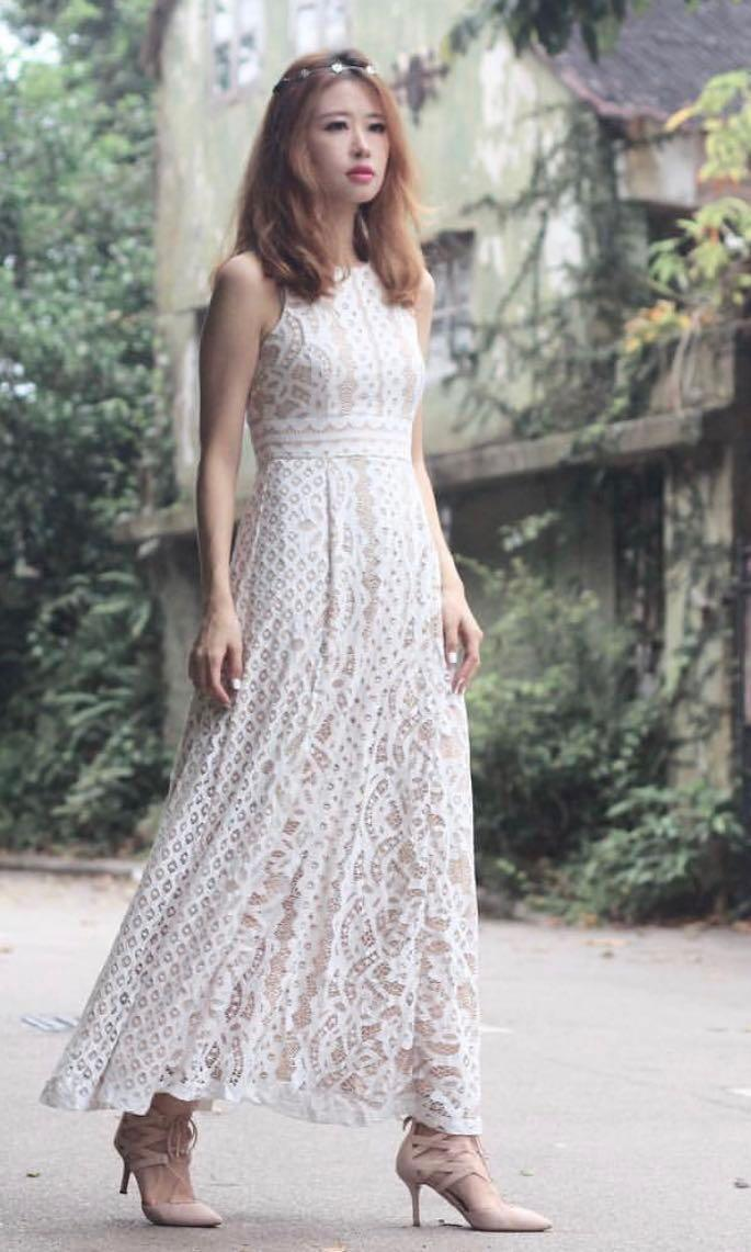VGY Krista Jewel Necklace Soft Lace Maxi Dress in White