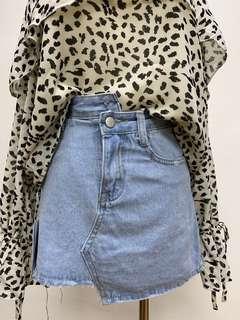 🚚 全新現貨高腰不對稱牛仔丹寧褲裙