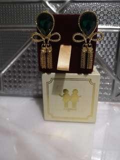 Janelle emarald green earrings