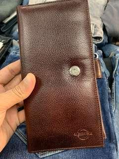 🚚 Travel wallet