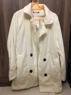 🚚 white winter trench coat
