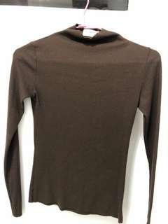 🚚 咖啡色半高領針織衫