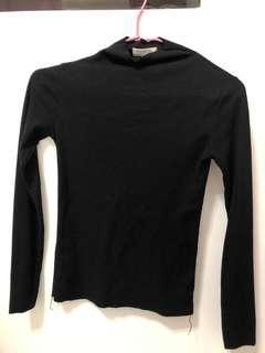 🚚 黑色半高領針織衫
