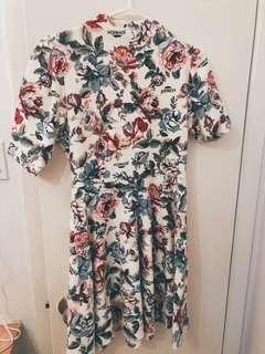 Authentic Joyrich Flower Dress Size M