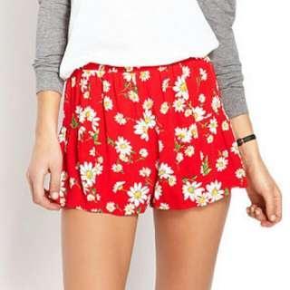 FOREVER 21 Darling Daisy Print Shorts