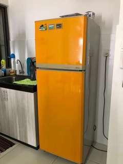 Peti sejuk 2 pintu/ fridge double doors