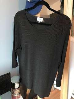 Wilfred/Aritzia scoop neck ribbed sweater