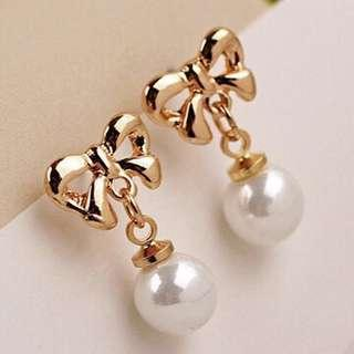 Lovely Fashion Earrings 😍