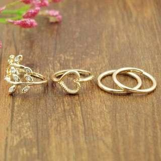 4 pc Fashion Ring Set