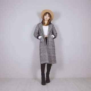 🚚 📛熱銷推薦款🐱Fussy Cat🐱韓系時尚黑白格紋毛呢大衣