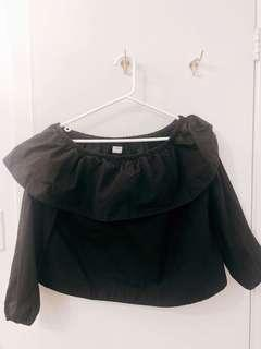 Aritzia Wilfred Black Off Shoulder Crop Top