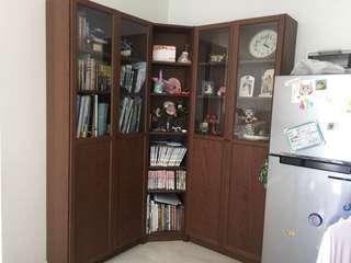Bookshelf / corner cabinet / display cabinet