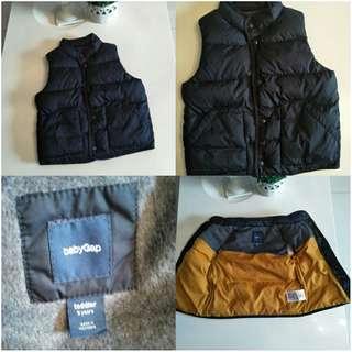 Gap bubble jacket vest