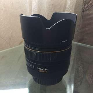 Sigma 30mm F/1.4 for Canon Mount