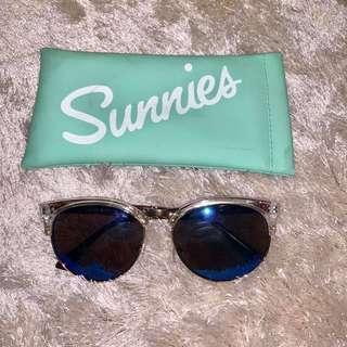 SUNNIES LINDSAY