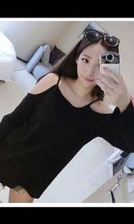 🚚 Black cold off shoulder pullover top