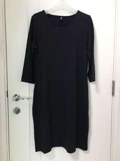 Garment sample: Brand new black dress 純黑中就斯文裙