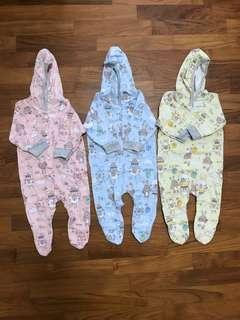 🚚 Newborn Bodysuits with Hoodie and Covered Toe