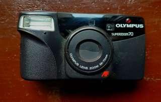 Olympus super zoom 70