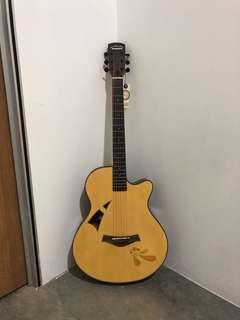 🚚 Brand new carving guitar