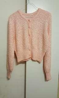 GU  pink sweater