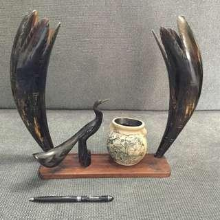 Cow horn sculpture and pottery display set