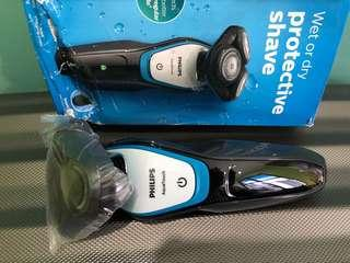 PHILIPS AVENT Aqua Touch - Wet or Dry PROTECTIVE SHAVE - S5070/04