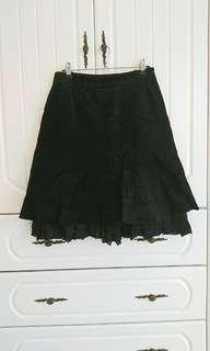 🚚 二手chaber巧柏38號黑色刺繡裙