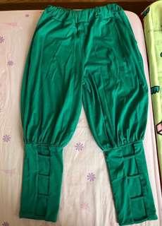 🚚 古著/日系 香港製綠色個性小腿簍空忍者褲/縮腿褲