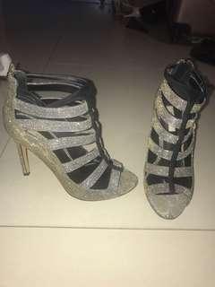 Siren sparkling silver/ gold heels size 6.5