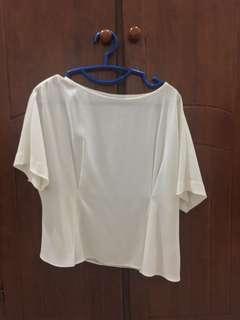 UNIQLO off white blouse