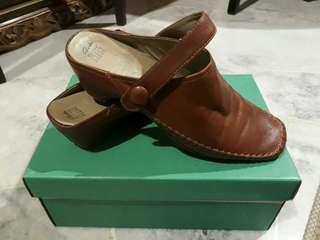 Clarks shoes size 42