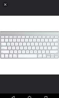 Apple wireless keyboard selling cheap