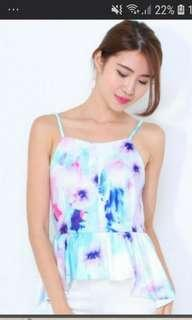 🚚 Floral water colour Peplum top