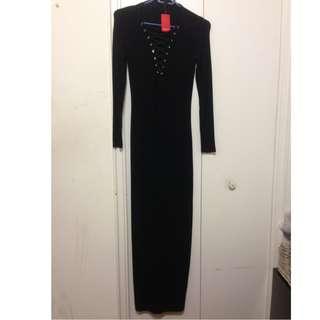 FOREVER 21 - LONG BLACK DRESS - $20