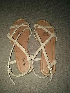 Brand new size 8 sandals