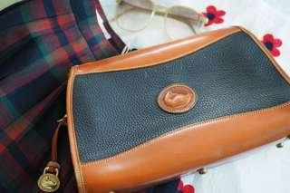Dooney & Bourke Vintage Leather Clutch (USA)
