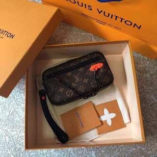 Louis Vuitton Virgil Pochette