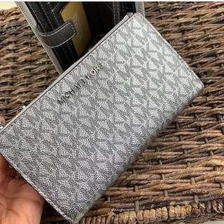 Micheal Kors Double Zip Wallet in Signature Silver
