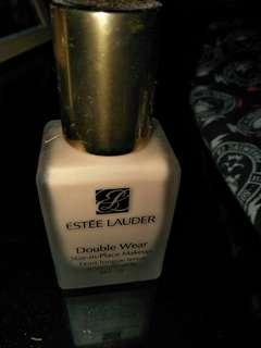 Estee lauder double wear 1W2 sand tried once only!