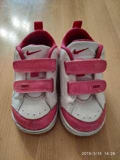 🚚 正品Nike 11-13cm學步鞋/童鞋