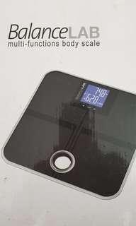 Body weight scale   FAT MUSCLE WATER BONE BMI