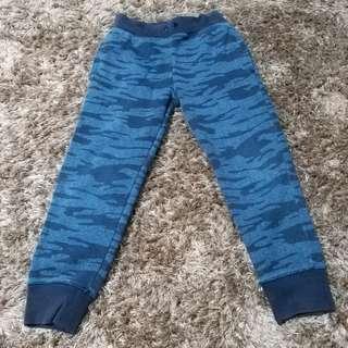 Celana training anak biru