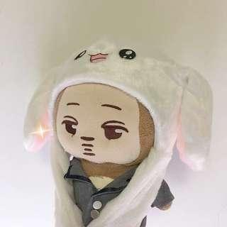 Moving bunny doll hat