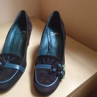 New Italy made high heel 全新意大利女鞋 合35-36碼腳