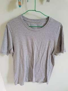 Muji short sleeve grey t shirt