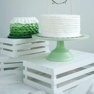 🚚 White Crates Set of 3 for Rent Table Decor Desserts Display