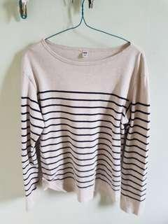 Uniqlo long sleeve stripe boat neck t shirt