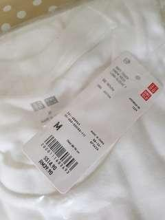 Uniqlo long sleeve white t shirt